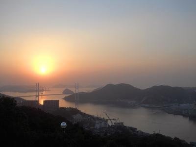 由鍋冠山遠望可見「女神大橋」,這個美麗的名稱不知是誰的巧思呢?