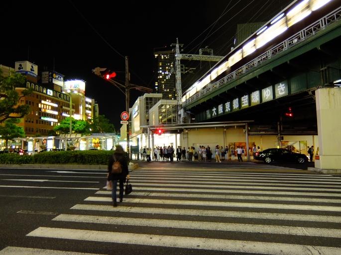 凌晨零時的神戶三宮站